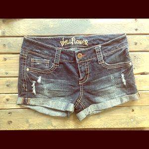 Junior size 7 denim cuffed shorts EUC dark wash